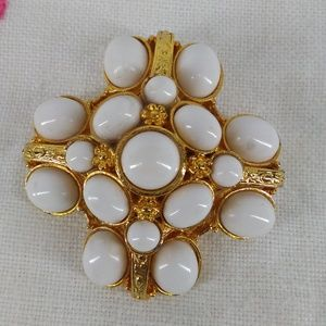 Vintage signed 1817 white milk cabochon brooch pin